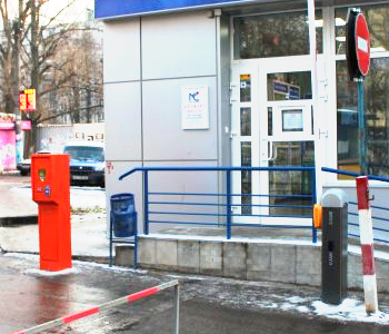 Полуавтоматическая парковочная система для ТЦ Новосалтовский в г. Харьков