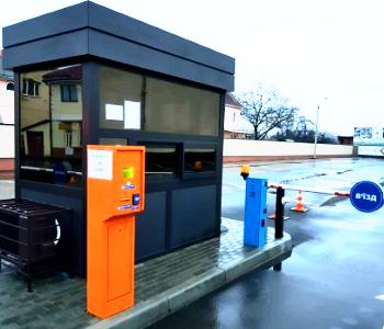 Реверсивная полуавтоматическая парковка с распознаванием номера в г. Виноградов