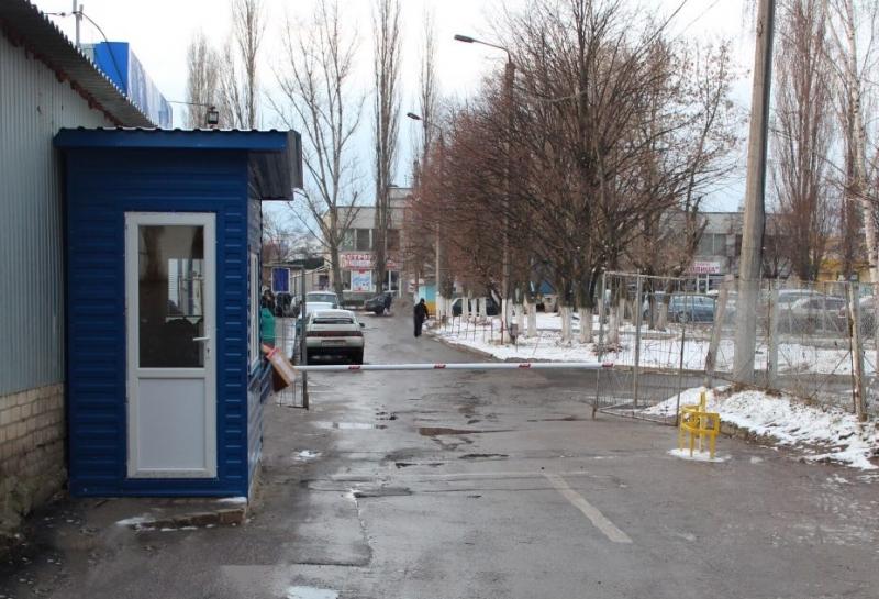 """полуавтоматический парковочный комплекс, ТЦ """"Новосалтовский"""""""