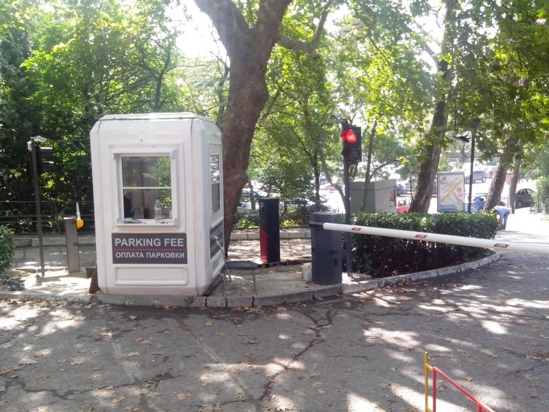 Полуавтоматический парковочный комплекс в Ялте