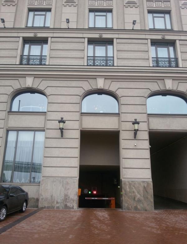 Завершилась реконструкция паркинга Fairmont Grand Hotel