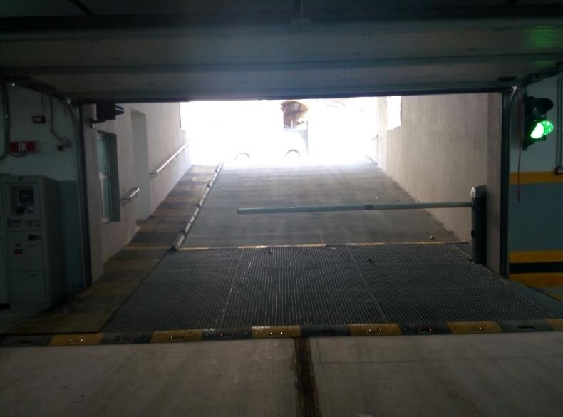 паркинг, парковка велотрек, подземный паркинг, подземная парковка