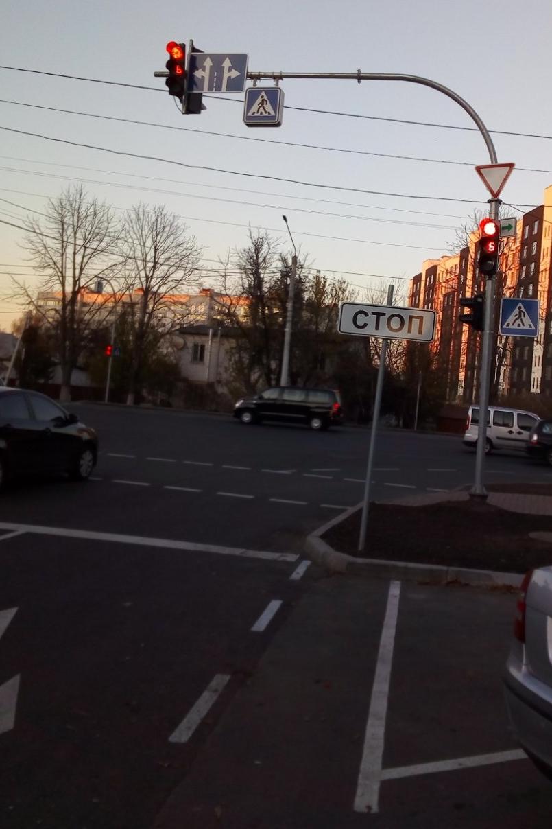 транспортный светодиодный светофор, светофор, led пешеходный переход, пешеходный переход с подсветкой