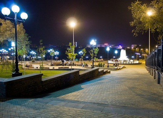 Smart monitoring and scheduling of street lights operation