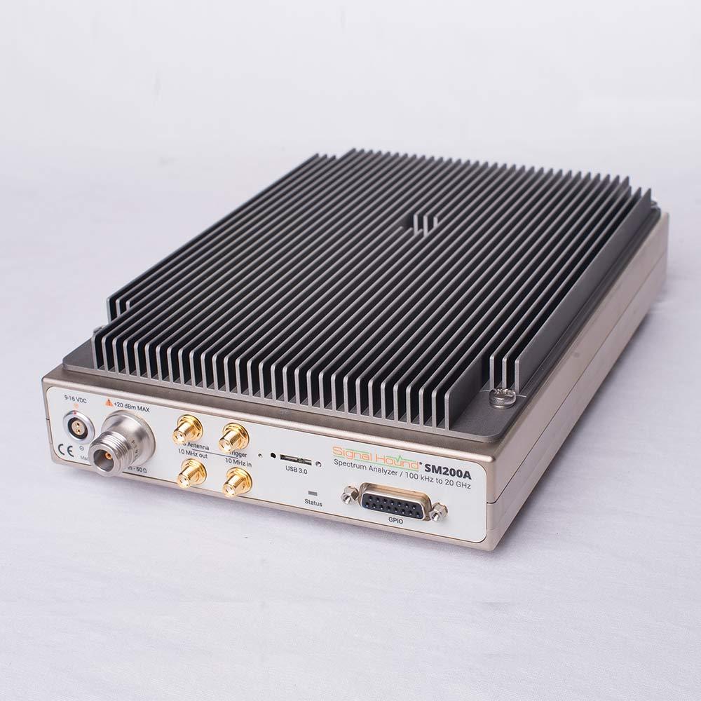 Анализатор спектра SM200A