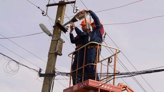 вуличне освітлення, ремонт вуличного освітлення, освітлення Київ