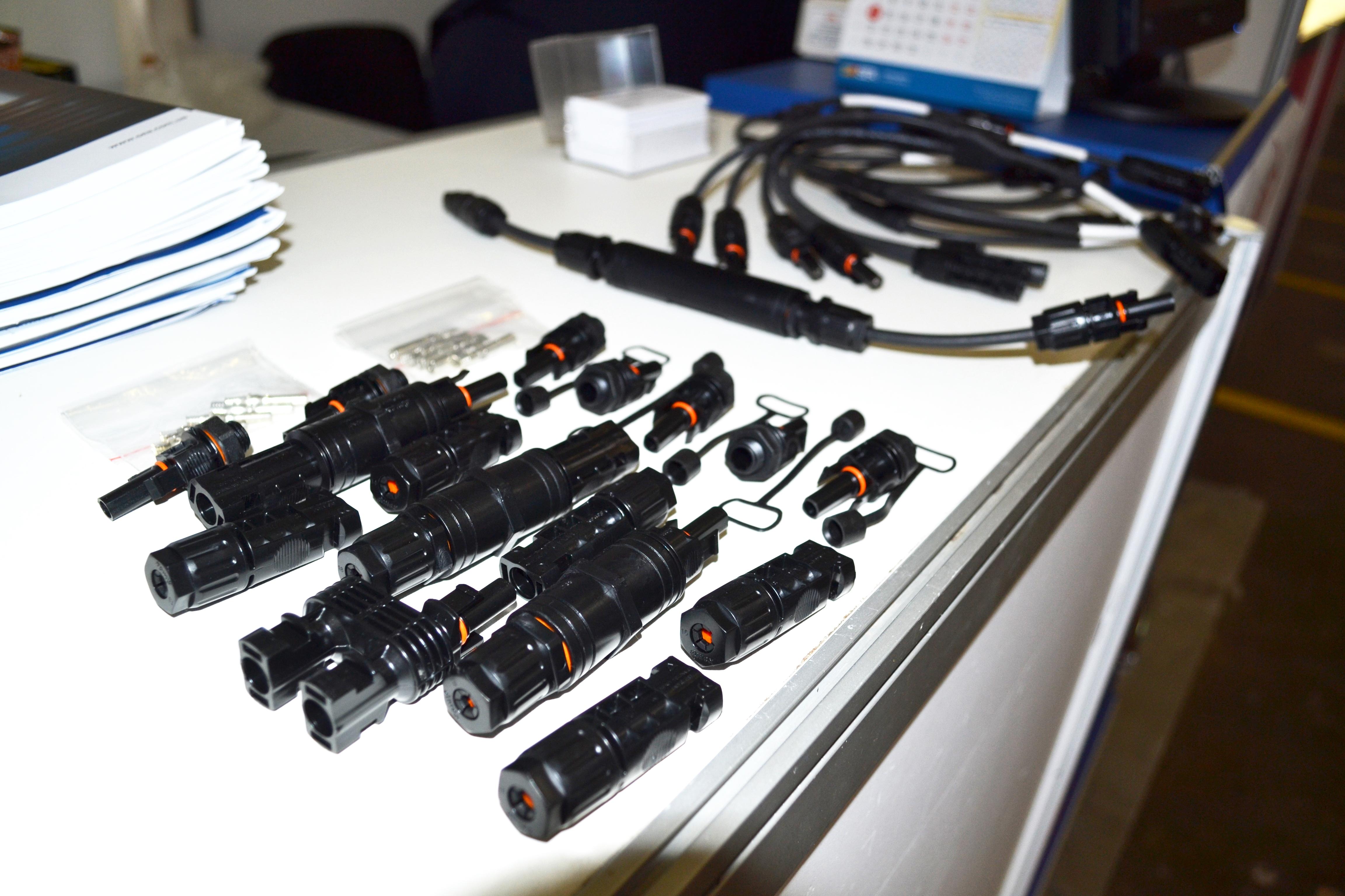 коннекторы, шкаф сбора мощности, sef, sef 2019, сэа, компания сэа на выставке,выставка солнечной энергетики