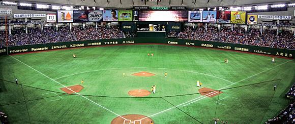Первые светодиодные спортивные табло появились на стадионах США и Японии в конце 1990-х